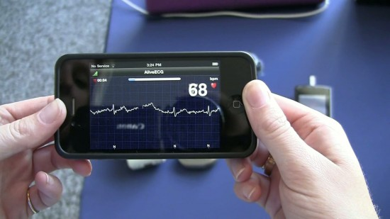 CES 2012: Video demo of Qualcomm AliveCor iPhone ECG – the app that could save your life