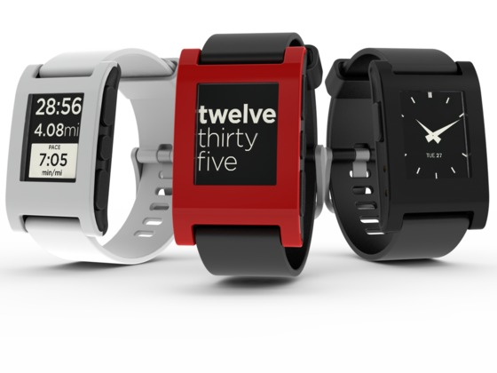 Pebble smartwatch brings iOS notifications to your wrist with new app
